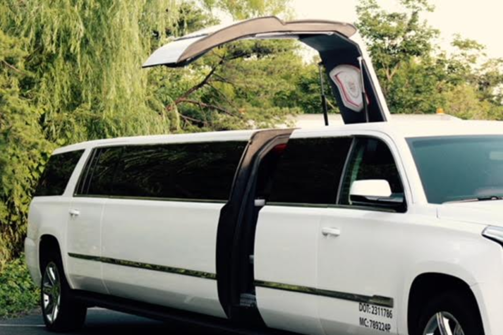 Escalade-Stretch-Limousine